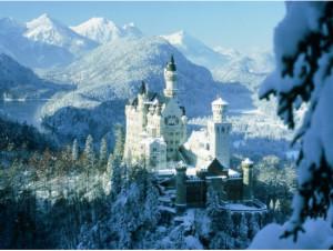 ノイシュヴァンシュタイン城と雪